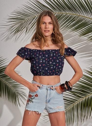 Morhipo Beach Omuzları Açık Desenli Crop Bluz Lacivert